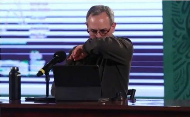 Anuncia López-Gatell dar positivo a COVID-19