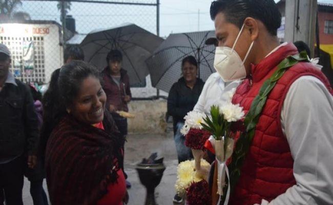 Propone Crispín Alvarado construcción de un mercado regional en Xaltepuxtla